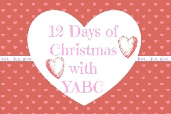 2nd Annual 12 Days of Christmas Giveaway Extravaganza ~ Day 4