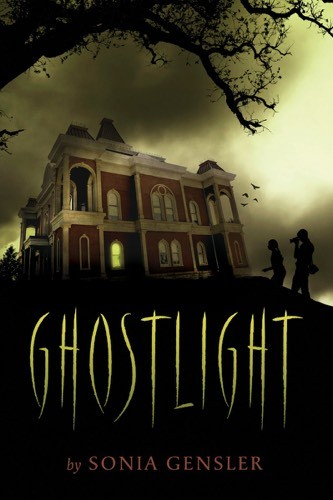 Giveaway: Ghostlight by Sonia Gensler (US Only)