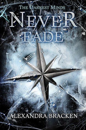 Giveaway: Never Fade by Alexandra Bracken (US only)