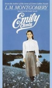 Emily Climbs (Emily of New Moon #2)