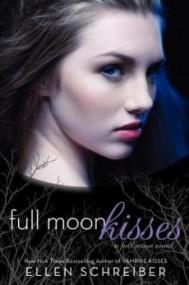 Full Moon Kisses (Full Moon #3)